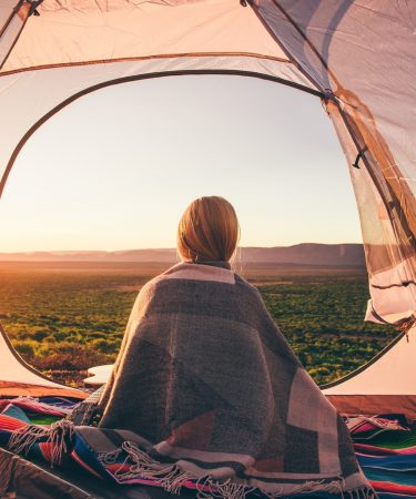 tente-femme-paysage